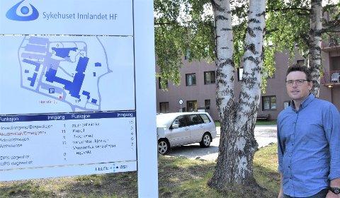 NORMAL DRIFT: Drifta ved sjukehuset på Tynset er ikke rammet til tross for det store koronasmitteutbruddet, forteller divisjonsdirektør Oddbjørn Øien.