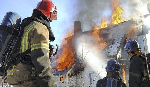 Søker: Både i Sunndal og Tingvoll søker man nå etter nye brannmanskaperFoto: NORBR