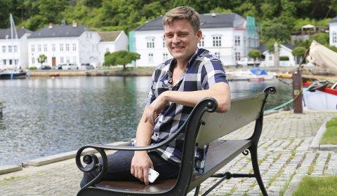 USIKRE TIDER: Festivalsjef Eirik Raude forteller at de må vite innen starten av mai om de kan arrangere Risør kammermusikkfest eller ikke.