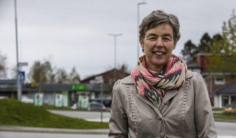 GIR BESKJED: – Vi håpar at eit samla kommunestyre gir beskjed til regjeringa om at det ikkje er ønskeleg med søndagsopne butikkar, seier Marit S. Jøssang (KrF). FOTO: Morten Sæle