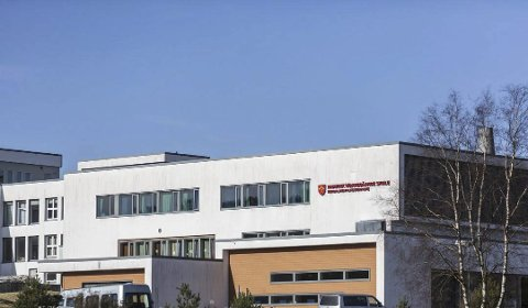 Samlokalisering: Frå 2026 skal Knarvik vidaregåande skule samlokaliserast til Stølen.Arkivfoto: Irene Bratteng Jenssen