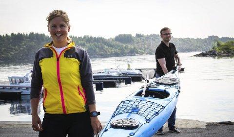 HAVSPORTSKULEN: Austrheim VGS har fått tilgang på kajakkar, båtar, våtdrakter og SUP. No vil dei marknadsføra seg som havsportskule.foto: gro anette fanebust