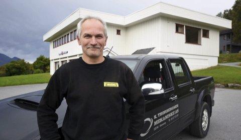 Gjør det bra: Knut Arne Thorbergsen har tjent så bra de siste årene at han tidligere i høst hadde råd til å kjøpe seg sin egen bank. Han hadde i fjor den niende største formuen i Hamarøy. Foto: Øyvind A. Olsen