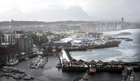 Ny bydel: Opplagring av båter, marina og slip skal vike plass for boliger. Planarbeidet igangsettes straks bystyret har godkjent planprogrammet. En byggestart ligger trolig tre år fram i tid. Foto: Tom Melby