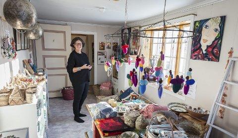 Rettferdighet: I 2015 flyttet Torbjørg Aalborg (60) fra et travelt liv i Oslo til sin barndoms oase av kjærlig omsorg på Sørarnøy. Denne reisen startet ti år tidligere i et koptisk kristent kloster i Saharas ørken, der hun fant tilbake til seg selv. Alle bilder: Johan Votvik