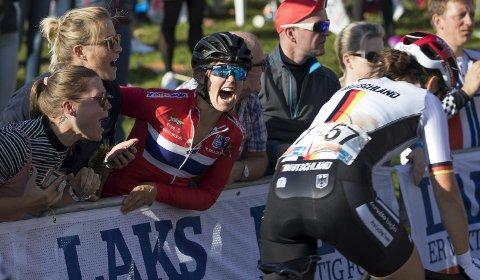 HEIET FREM: Da Ingrid Moe fikk problemer med sykkelen og måtte bryte. dro hun like godt opp til sin egen heiagjeng i Laksebakken på Landås.