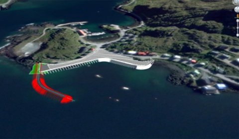 I GANG: Dette er planbilder for fiskerihavna i Kamøyvær, den streken er moloen.