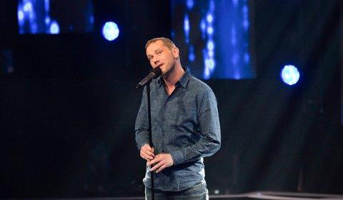 Niklas Arnesen fra Rolvsøy var den deltageren som maktet 100 poeng i All Together Now før finalen neste uke