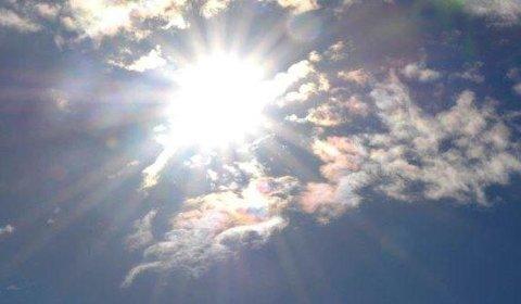 VIL SE MYE AV DENNE: De nærmeste ti dagene vil solen være på plass ofte. Og perioden blir så godt som tørr.