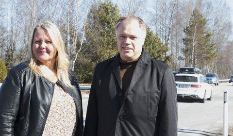 UTÅLMODIGE: Grete Sjøli og Knut Hvithammer, ordførere i henholdsvis Nes og Sør-Odal, vil sammen med Sjur Strand i Kongsvinger ha et møte med samferdselsministeren.