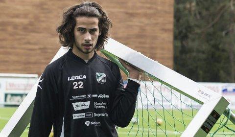 USIKKERT: Durim Muqkurtaj har kontrakt ut 2015. Ledelsen sier han er ønsket med videre, men ingenting er konkret. Foto: Tommy Nilsen.