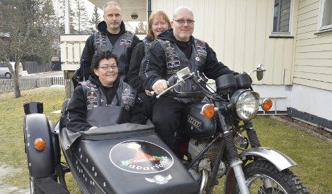 GLEDESSPREDERE: Motorsykler sprer glede når SCRC Norway tar med kreftsyke barn på kjøretur.