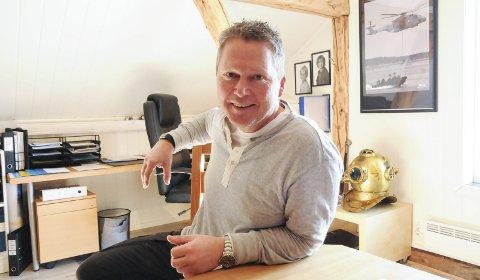 Gjør suksess: Daglig leder Trond Underhaug i Frydenbø Milpro AS sørger for båter og maritimt utstyr til blant annet det norske og svenske forsvaret.Foto: Anita Jacobsen