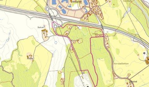 OMRÅDET: Bentsrud sør Iigger innenfor den rosa streken. Kartet viser at det cirka 360 mål store området heller sterkt, og at flere private eiendommer blir liggende i nærhet til næringsområdet. Våleveien går i nord-sørlig retning til høyre i kartet. Kulturhaven er eiendommen rett sørøst for den sørlige rundkjøringen. Skjermdump fra kommunalt plankart