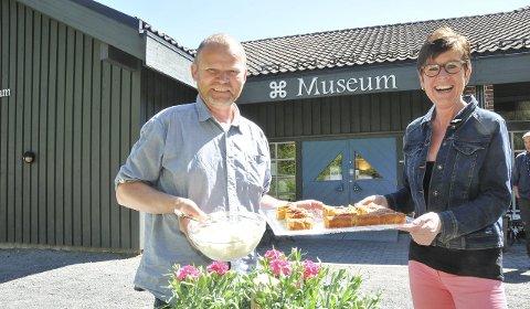 Kafé: Delecto skal drive kafeen på Berg i sommer. Fra venstre Håvard Seland og Randi S. Madsen.