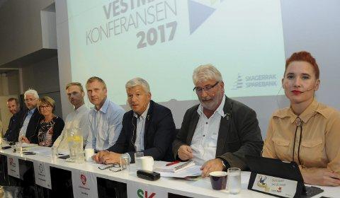 STEMNINGSSKIFTE: Frustrasjonen over det dårlige samarbeidsklimaet i deler av lokalpolitikken ble luftet under Vestmarkonferansen. Kan vi håpe på et stemningsskifte i tiden framover?