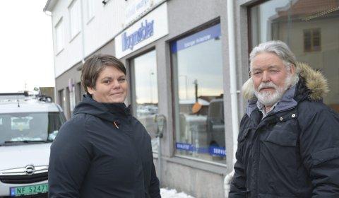 Dispensasjon: Janna Pihl i Kragerø Næringsforening og Jan Samuelsen i Kragerø Frp håper at det er mulig å få dispensasjon fra de sentrale parkeringsforskriftene.