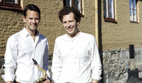 Duo: Musiker Magnus Dobbedal og skuespiller Karl Holte Aarø skal framføre Terje Vigen sammen i Legatsalen.Foto: Sindre Strand Offerdal