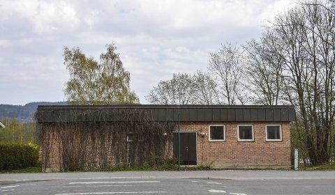 Nå legges det ut for salg: Bygget som huset Telemuseet skal nå selges etter å ha stått tomt i to år. Det er mange som har lurt på hva som skjer med bygget.