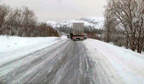 Vogntog i bakken i nærheten av Hammerstad camping i Vågan.