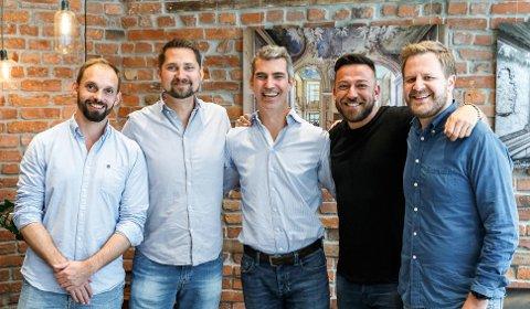 Nabobils styre og opprinnelig gründerteam fra venstre: Christian Persson Hager, Karl Alveng Munthe-Kaas, Jacob Tveraabak, gründer og CEO i Getaround Sam Zaid og daglig leder i Nabobil.no Even Tangen Heggernes