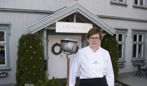 FORTVILER: Marit Vikingstad Udahl, innehaver av Villa Mat og Mer i Mysen, er fortvilet over korona-situasjonen i Indre Østfold.