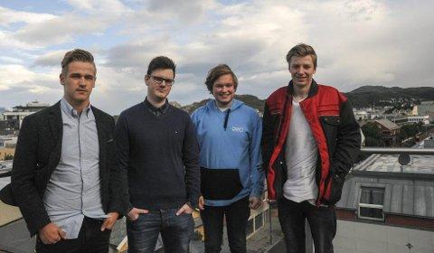 På jakt: Emil Telnes, Eirik Mikal Dahle, Patrik Brorsgård og Jens Hovland jakter bedrifter i Bodø som trenger lærlinger.