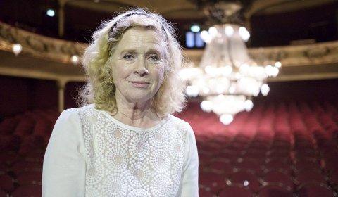 TETT PÅ: Med forestillingen  «LIV» kommer publikum tett på Liv Ullmann.