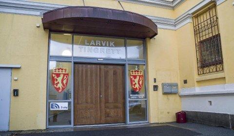 Mangelfull føring av regnskap førte til at en kvinne denne uken i Larvik tingrett ble idømt samfunnsstraff