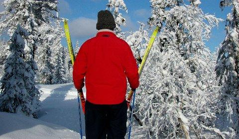 SKIFORHOLD: Etter snøen som skal komme onsdag og torsdag denne uka, skal det bli iskaldt på Østlandet. Da ligger det an til gode skiforhold til helga.