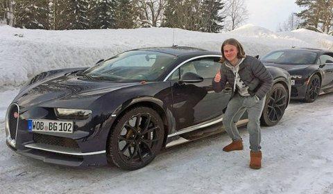 Gjermund Heggem fra Hønefoss var i ekstase da han fikk oppleve sportsbilene på nært hold.