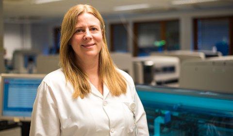 LEDER LABEN: Trude Steinsvik, avdelingssjef i avdeling for laboratoriemedisin i Drammen.