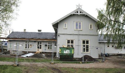 NY UTSETTELSE: Arbeidene ved Årnes stasjon er igjen satt på vent.