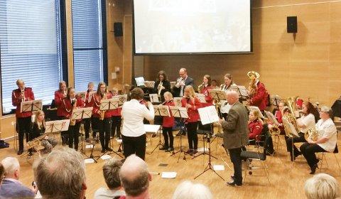 KONSERT: – Vi er veldig fornøyd med å spille i Rådhuset, sier dirigent Elin Volden Drijfhout.