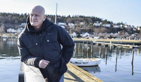 Alive and kicking: Helge Christensen setter anslaget på Hjertnes-scenen 12. mars. Hva som følger kan vi ha en anelse om, men ingen kan vite sikkert. Heller ikke hovedpersonen. Foto: Flemming H. Tveitan