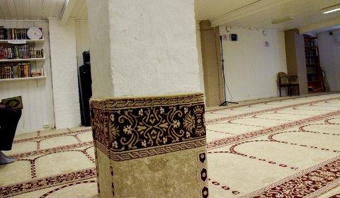 Moskeen: Sandefjord Islamske Senter kaller inn til bønn fem ganger om dagen i sine lokaler.