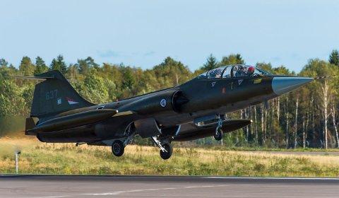 ETTERBRENNER: Det kommer til å høres når dette Starfighter-flyet tar av fra Torp lørdag klokka 09.00.