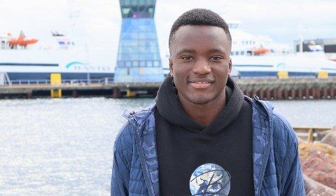 TALENT: 16-åringen Kamba Kalala Tumba fra Horten er et av Vestfold største fotballtalenter, og pendler daglig til Sandefjord for å gå på skole og trene med Sandefjord fotball.