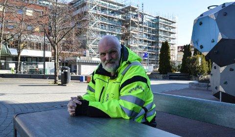 AAGAARDS PLASS: Seksjonsleder Bydrift, Arne Johnsen, ser fram til å komme i gang med første etappe av opprustningen av parken neste år.