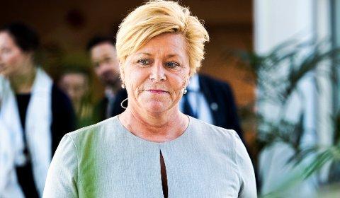 Finansminister Siv Jensen vil forenkle skattesystemet for utenlandske arbeidstakere på kort opphold i Norge.