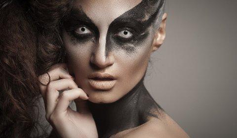 Norske optikere advarer mot bruken av såkalte morolinser på halloween. Foto: Shutterstock/ANB