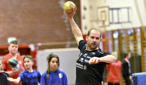 Kjetil Gimnes og KHK har to ukentlige treninger gjennom hele sommeren.