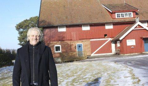 FERDIG TIL NESTE ÅR: Asbjørn Abrahamsen kjøpte gårdsbruket Skjæret i juni 2015. I løpet av 2020 skal Adrians Verden stå ferdig der.