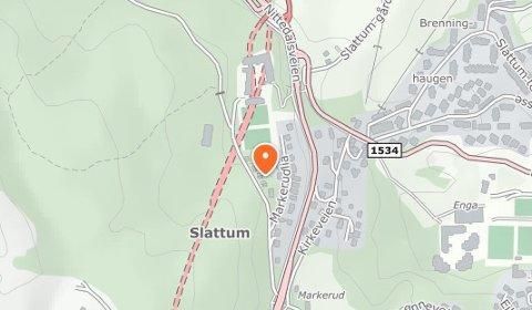 STEDET:Kart som viser byggeplassen i Skoleveien på Slattum.