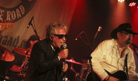 Casino: Ottar hadde med seg Casino Steel (Stein Groven) på de fleste låtene.