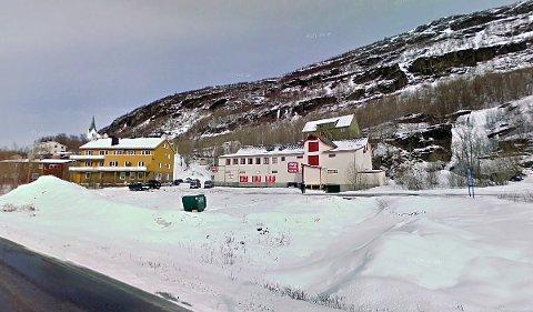 Coops gamle butikklokaler i Sulitjelma kan bli et nytt treningssenter for lokalbefolkningen. Foto: Google Maps/skjermdump