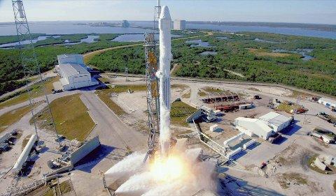 En SpaceX Falcon-rakett skal sende et Dragon-romfartøy med utstyr fra Bergen ut i verdensrommet. Gammaglimtene fra lynene som skal måles varer kun et par hundre mikrosekunder .