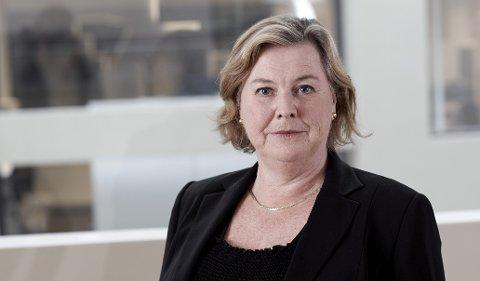 FINANSPORTALEN: Elisabeth Realfsen er fagansvarlig for Finansportalen.no. Rekordmange var i vår inne og sjekket Finansportalens liste over bankenes boliglånsrente.  Foto: Ole Walter Jacobsen
