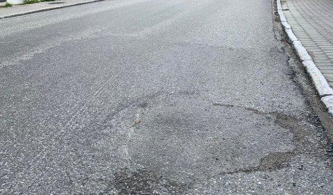 KOMMUNAL GATE: Informasjon om fremtidig asfaltering er ute.