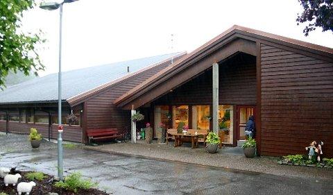 TRONGT: Eldre med fast plass på Furuhaugane har nyleg budd på tremannsrom.